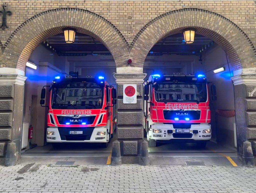 Freiwillige Feuerwehr Leipzig Süd # Gerätehaus mit HLF & MLF
